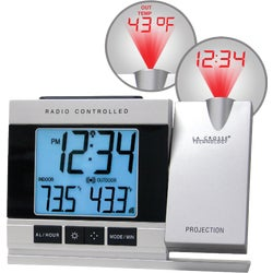 Item 611387, Atomic projection alarm clock alternates both time and/or outdoor temp (F/C